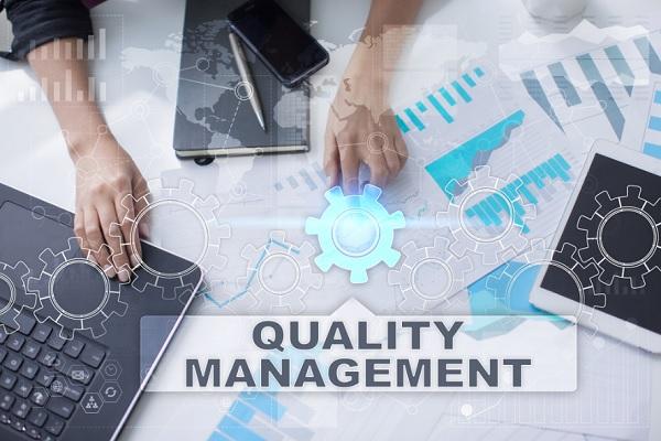 Quản trị chất lượng là gì? Cơ sở lý luận về quản trị chất lượng trong DN